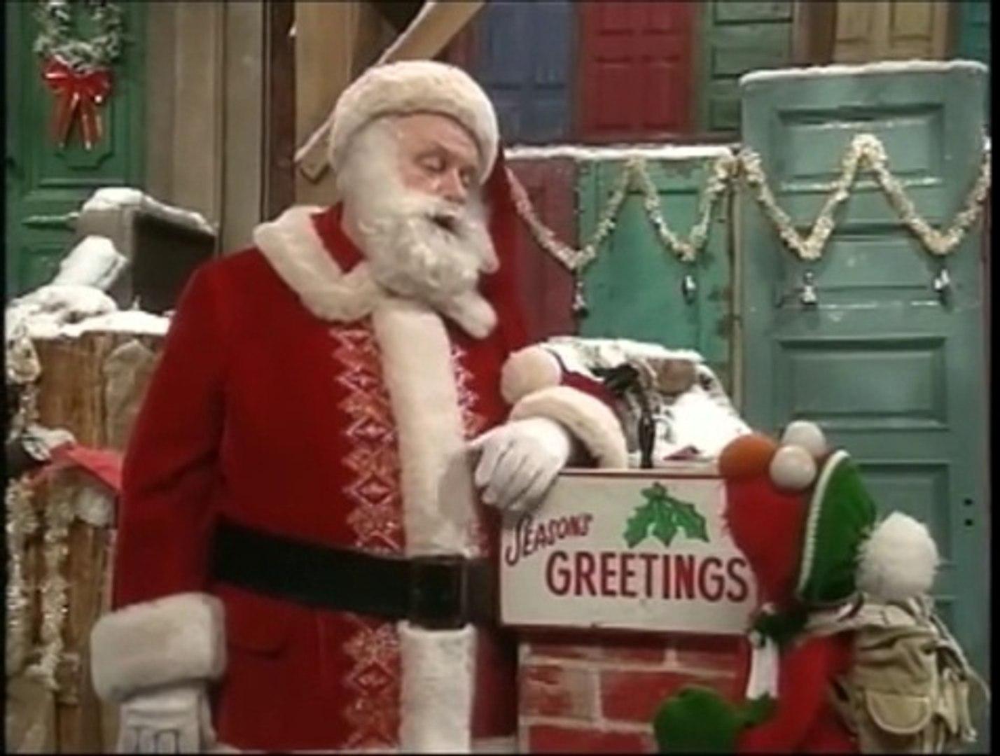 Elmo Saves Christmas.Sesame Street Elmo Saves Christmas