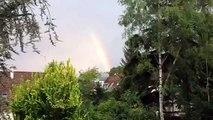 Un arc en ciel au petit matin d été
