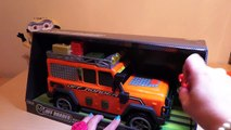 DICKIE TOYS LAND ROVER OFFROADER ORANGE TOY WITH LIGHTS AND SOUNDS