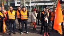 120 personnes contre la loi Travail