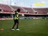Joga Bonito Ronaldinho crossbar challenge