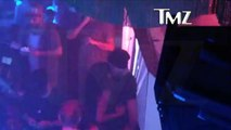 Zac Efron & Michelle Rodriguez -- Make Out Session in Ibiza Nightclub