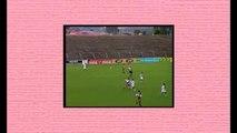 Futbolistas alcanzados por un rayo África del Sur Rayos caen a los jugadores en una cancha