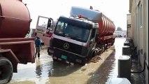 Worst weather in UAE will remain entire week - Heavy rain in UAE - Heavy rains cause flood in dubai