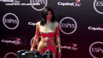 OMG! Kendall Jenner Twerks On Sister Kylie Jenner