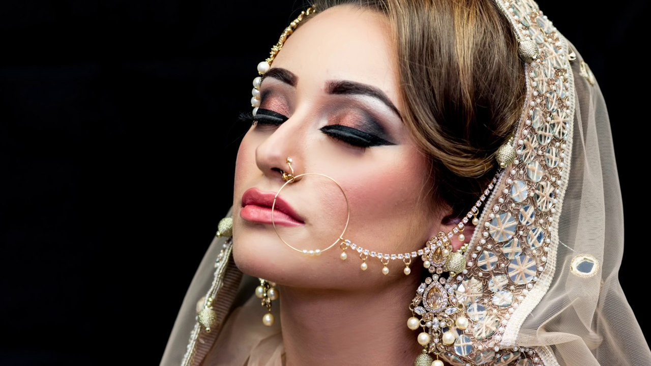 asian bridal makeup with easy steps & style 2016- new bridal makeup in pakistan 2016