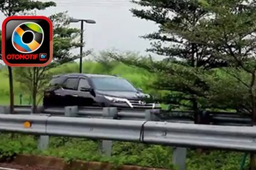 All New Toyota Fortuner 2.4 VRZ Diesel Review - Test Drive - SUV Diesel Ideal?