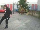Amatoriale Imperdibile! 2 ragazzi fanno follie palleggiando col pallone, tipo Maradona! Calcio, pallone,soccer