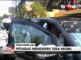 Adu Mulut, Petugas Dishub Gagal Derek Mobil Saat Razia Parkir Liar