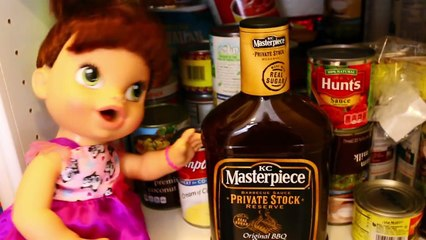 Baby Alive Doll Plays WILL IT SMOOTHIE & Makes Gross Kitchen Smoothie Bottle by DisneyCarT