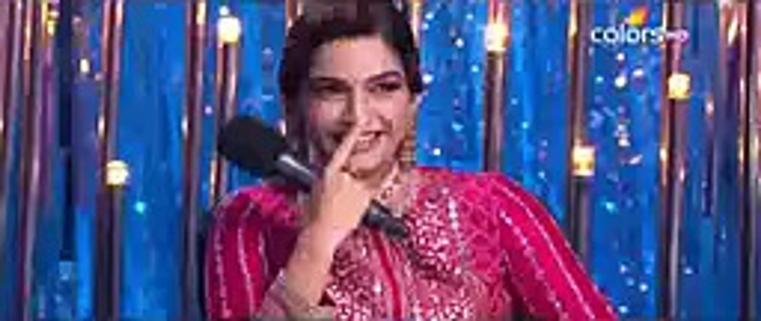 Reaction of Sonam Kapoor when Fawad Khan was Singing a Song top songs 2016 best songs new songs upco