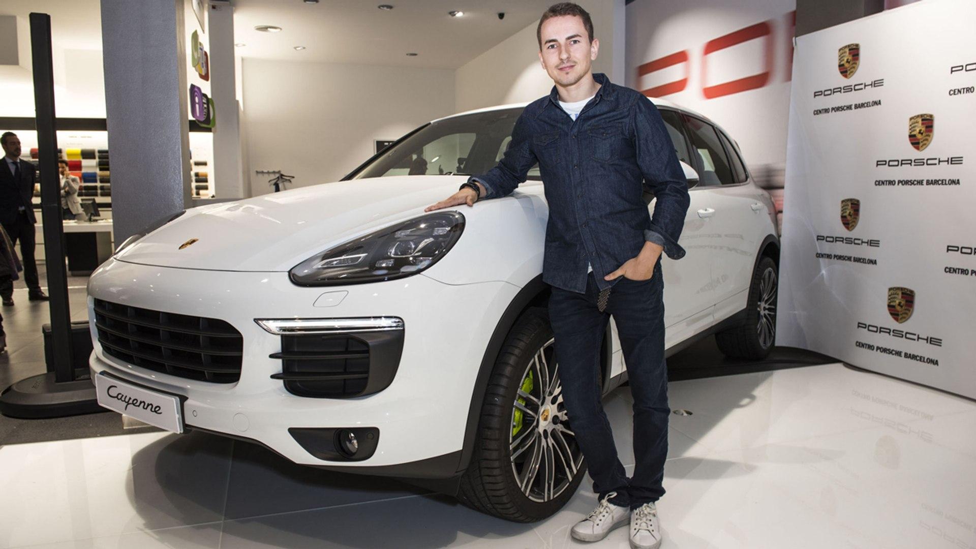 El nuevo Porsche Cayenne de Jorge Lorenzo - Vídeo Dailymotion