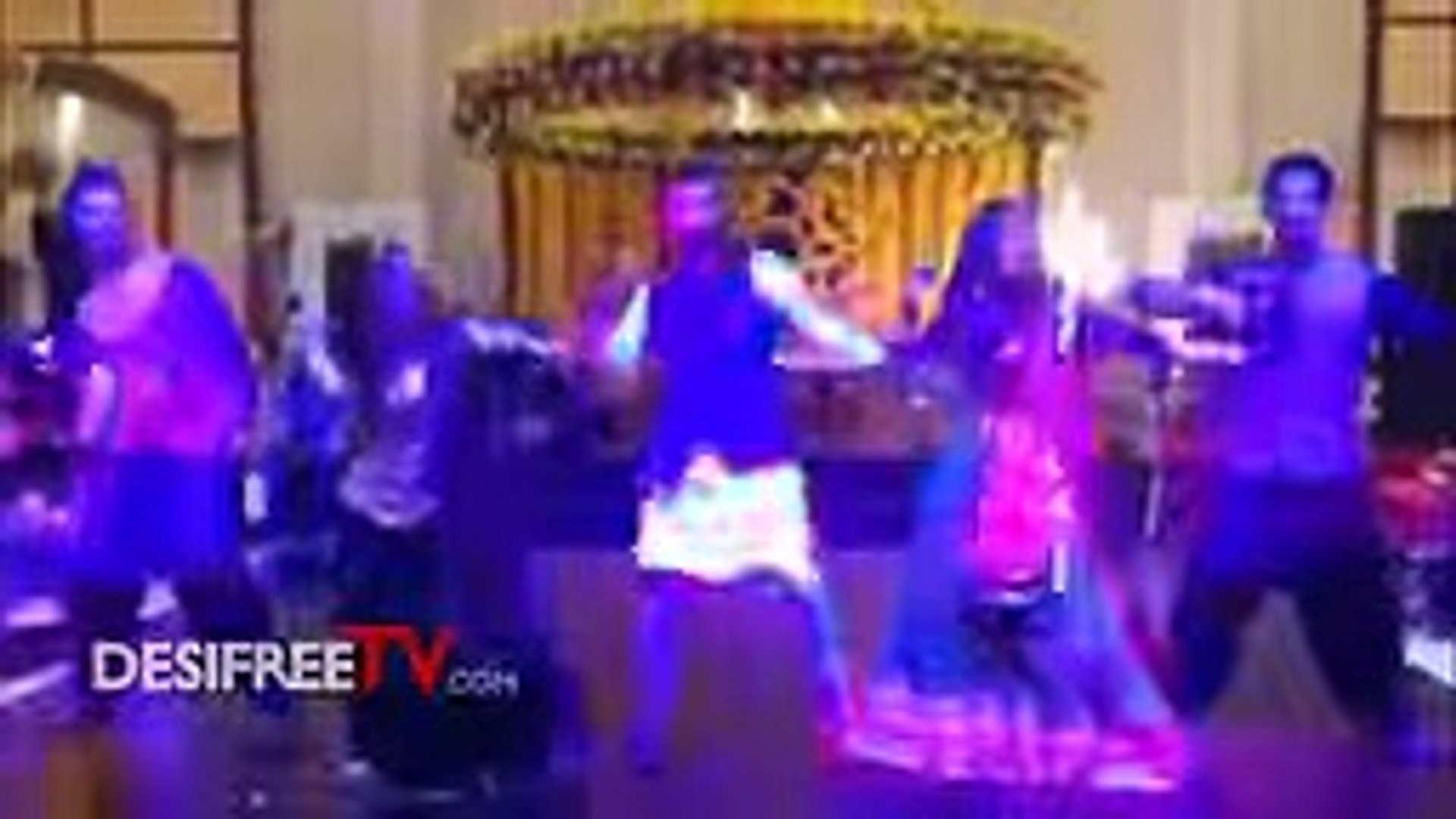 Maya Ali and Sanam Chaudhry's Dance Video at Wahaj Ali's Mendi top songs 2016 best songs n