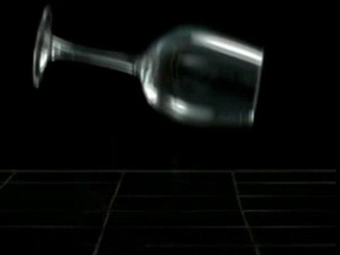 Slow motion (verre brisé)