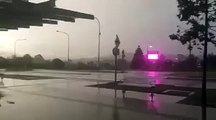 Huge bolt of lighting strike Brisbane austraila