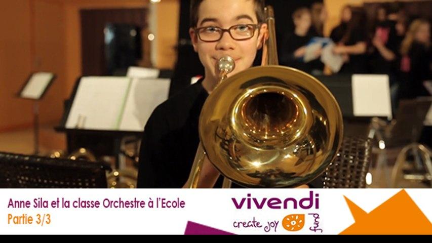 Anne Sila et la classe Orchestre à l'Ecole 3/3