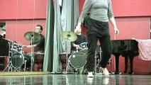 Cours de danse contemporaine et percussions