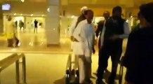 Full video Junaid Jamshed Beaten at Islamabad Airport اسلام آباد ائرپورٹ پر جنید جمشید کی پٹائی