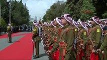 Başbakan Davutoğlu Ürdün'de Resmi Törenle Karşılandı