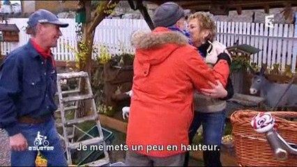 """A'Gueter : """"Bohnesupp"""" à la poule noire et oeufs à la neige"""