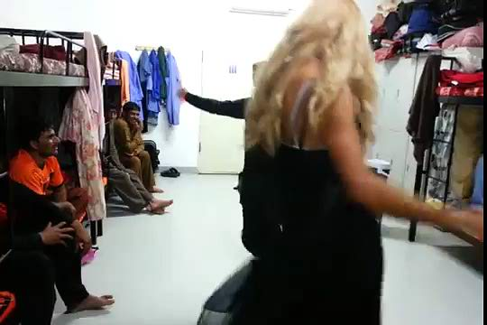 Pathan Dancing With Gori Girl-Top Funny Videos-Top Prank Videos-Top Vines Videos-Viral Video-Funny Fails