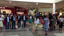 Birkenhead College 'Grease' Flashmob @ Westfield Glenfield
