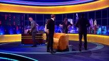 Hugh Jackman et Luke Evans s'affrontent sur la chanson de Gaston dans La belle et la bête