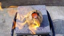 Défoncer une noix de coco avec du cuivre fondu.. Qui veut goûter ?