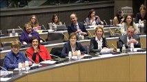 """Délégation aux droits des femmes : Table ronde sur la """"Place des femmes en politique : encore un effort !"""" - 9 mars 2016"""
