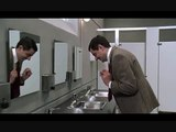 hahahahah must watch THE FUNNIEST Mr.Bean Moment