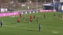 Les 3 arrêts de folie de Neuer à l'entraînement du Bayern