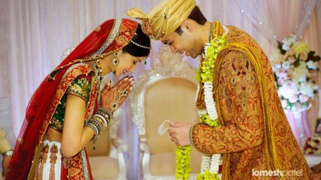 Mixing And Matching Wedding Outfits 2016 - Couples Wedding Fashion00 z- Indian wedding clothes - Bride and groom in traditional Indian