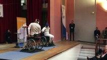 Alim Latrèche, champion handisport, en exhibition d'escrime fauteuil à Neufmoutiers-en-Brie