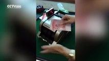 Compteuse-voleuse de billets de banque