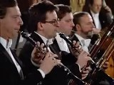 MOZART  Clarinet Concerto   Symphony No  25 NTSC DVD   Listen to DVD   Classical Concert Music   Naxos Direct