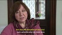 Svetlana Alexievitch, le Prix Nobel de littérature 2015, nous parle de la condition d'écrivains exilés