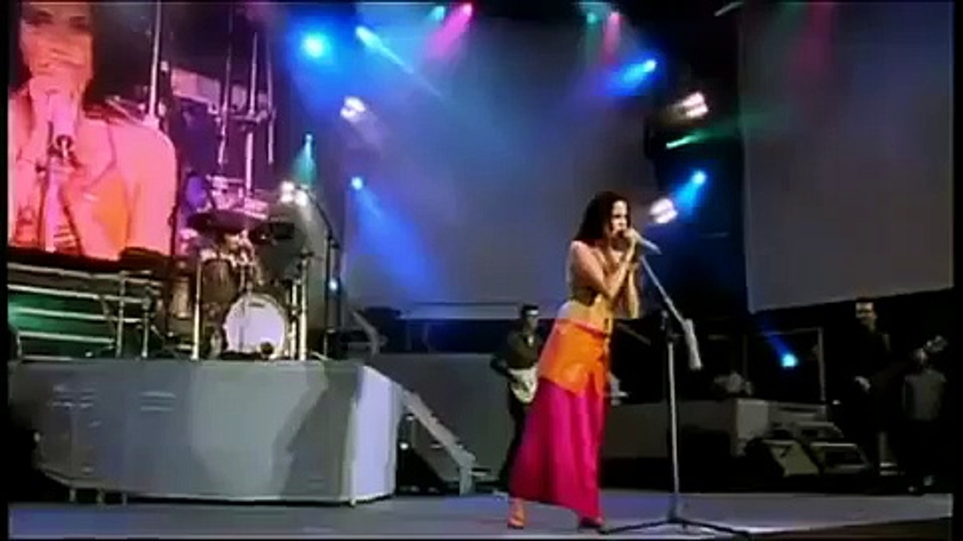 The Corrs - Live At Lansdowne Road 2000 [Full Concert] 2