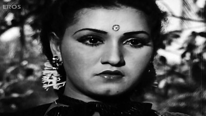 The sad past - Anmol Gadi