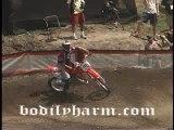 keke fait de la moto cross