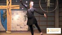 """Virginie Rousselière-Nicolas danse sur  """"Comble-moi de tes dons"""" (WE """"Art en Ciel"""" au Foyer de Charité de Tressaint)"""