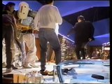 THE MAKING OF PULP FICTION - PULP FICTION - John Travolta, Uma Thurman, Samuel L. Jackson - Entertainment Movies Film