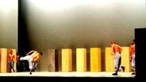 Final de obra de teatro: Sutra SADLER'S WELLS LONDON [Palacio de Bellas Artes, México]