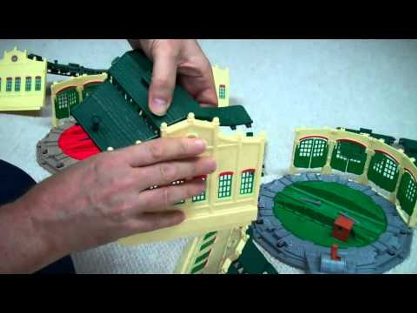 Tidmouth Sheds /& Turntable Track master Set Thomas And Friends Fisher Price