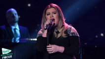 Kelly Clarkson Performs 'A Moment Like This' on 'American Idol' Finale