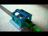 Trackmaster Engine Wash with Henry Thomas The Tank Engine Kids Toy Train Set Thomas The Tank Engine