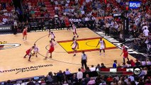 Dwyane Wade Slams It In   Bulls vs Heat   April 7, 2016   NBA 2015-16 Season
