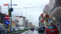 Giretto ad Andria sotto la pioggia sulle note di Piero Scamarcio (La Pioggia viola)