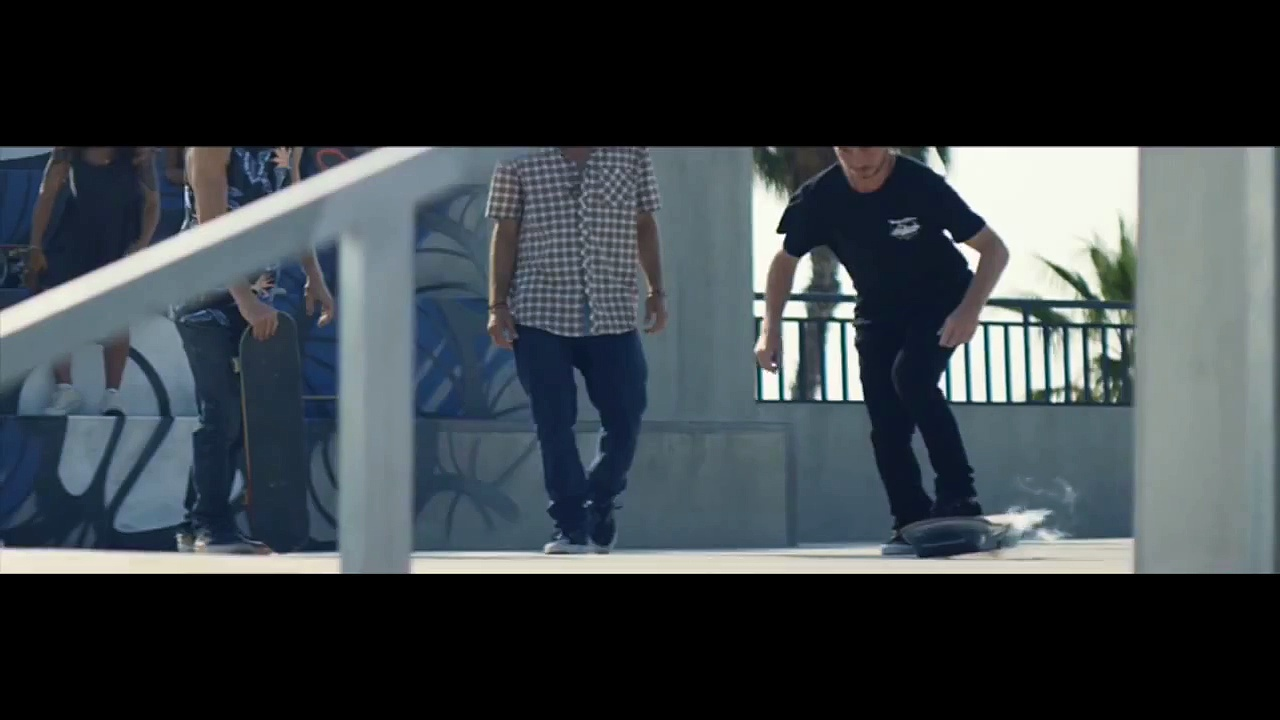 Lexus – Hoverboard