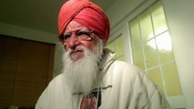 Punjabi - Christ Amar Dev Ji stresses that for Gurmukh God is within but for Munnmukh, God is far away and they waste