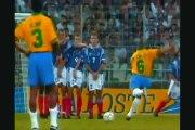 Roberto Carlos  Free Kich Impossible Goals 2014 [New Football Goals]